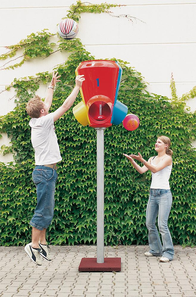 Ballfänger als Ballverteiler