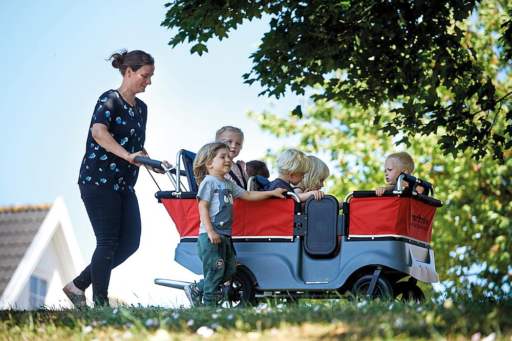 Winther® Turtle Kinderbus für 6 Kinder